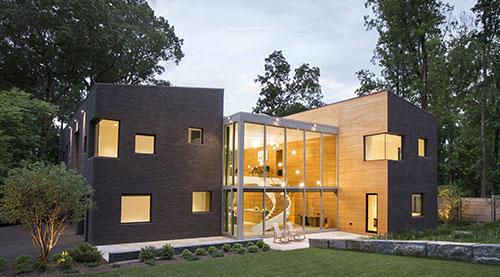 Modern Home on Lake Carnegie