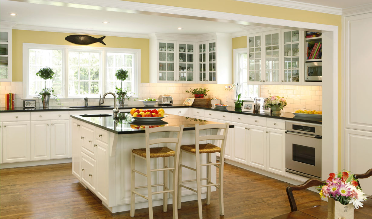 Kitchen expansion renovation by construction company Lasley Brahaney Architecture + Construction in Princeton, NJ