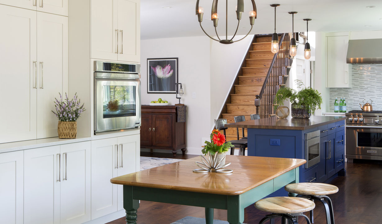 An open kitchen designed by construction company Lasley Brahaney Architecture + Construction in Princeton, NJ