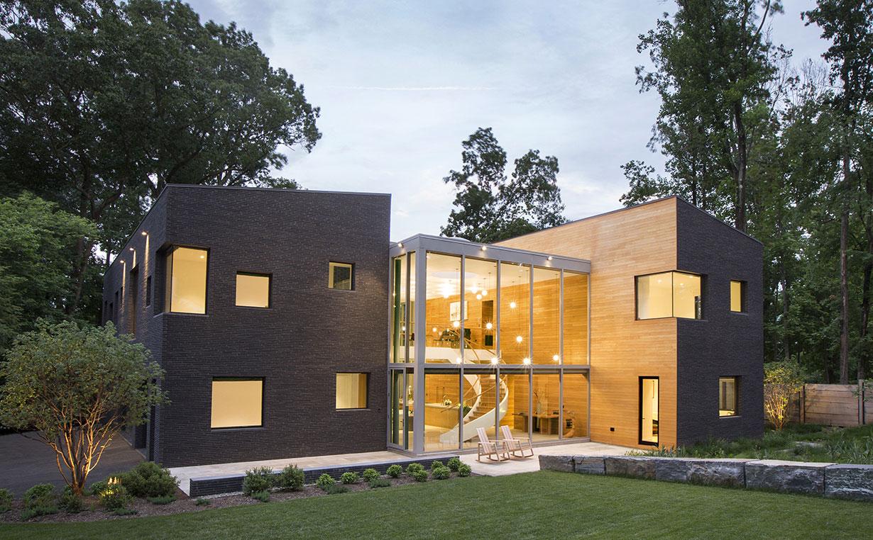 Modern Home on Lake Carnegie 1