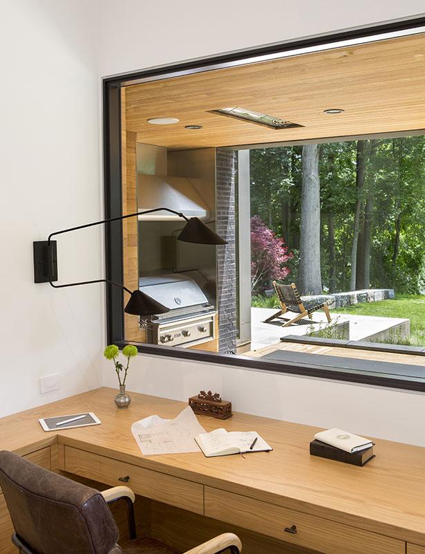 Modern Home on Lake Carnegie 11
