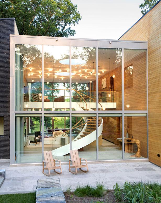 Modern Home on Lake Carnegie 16
