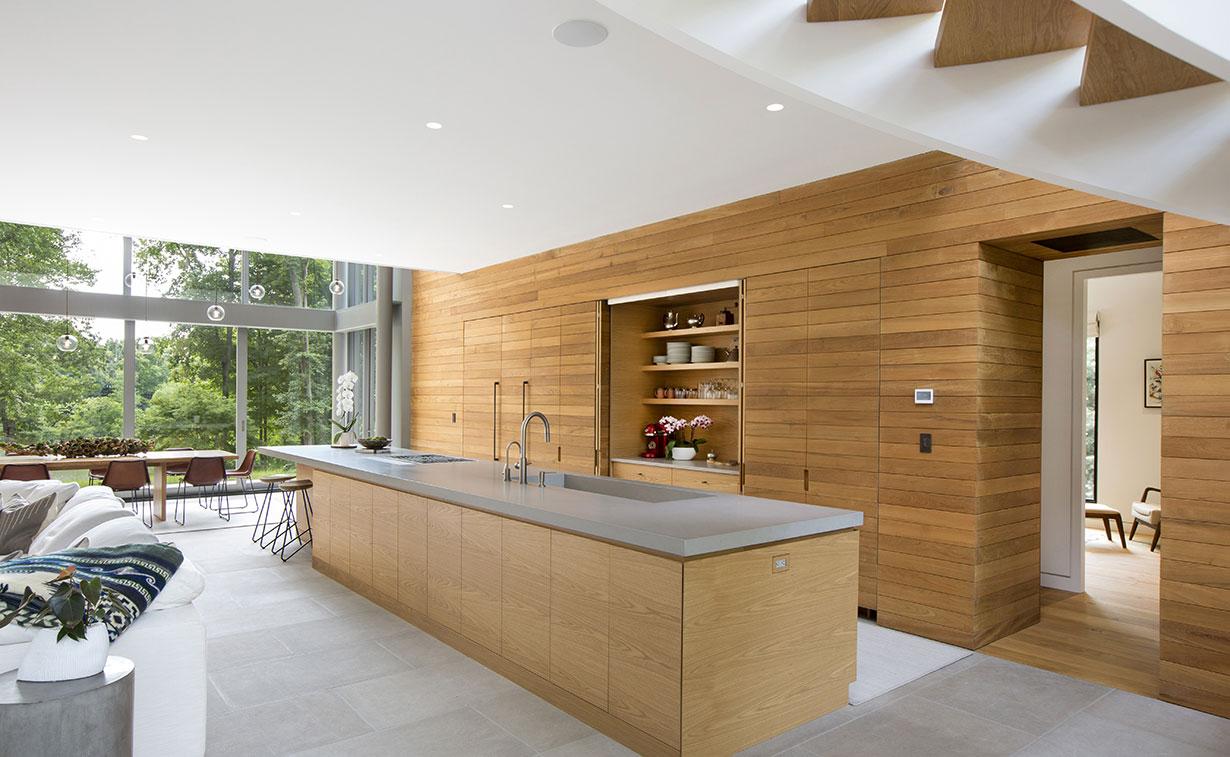 Modern Home on Lake Carnegie 4