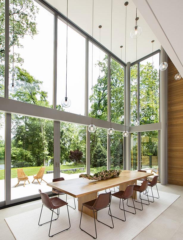 Modern Home on Lake Carnegie 8