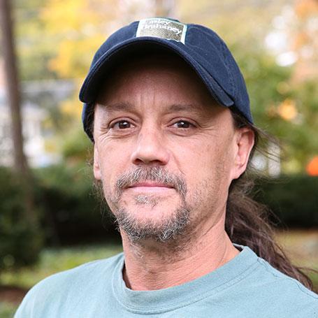 Bruce Buckley, Carpenter